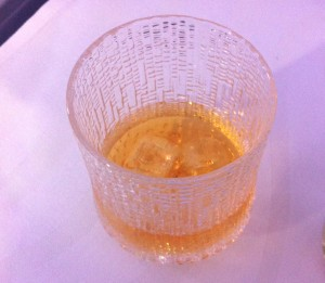 Whisky i glas fra Iittala.